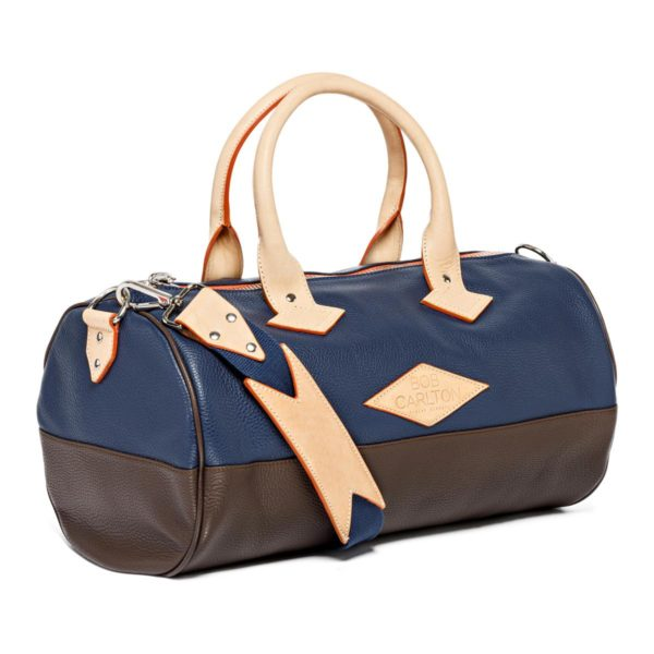 Overnight Leather travel bag color Marine Et Chocolat